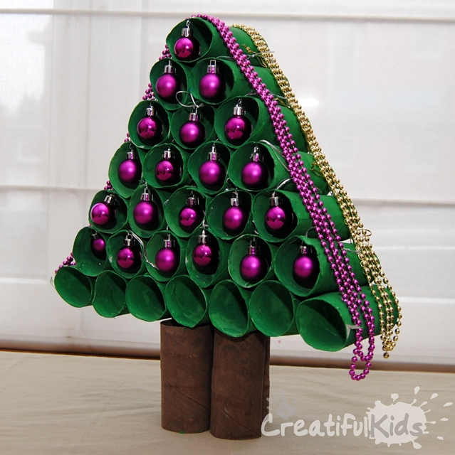 Christmas tree kids crafts from toilet rolls