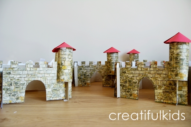 Easy crafts with kids how to make a castle for Castle made out of cardboard